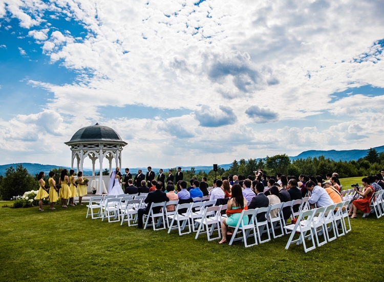 Overlook Lawn - Photo Courtesy: Eric McCallister Photography