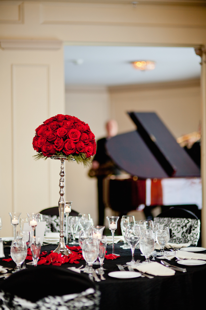 Table setting with rose centerpiece